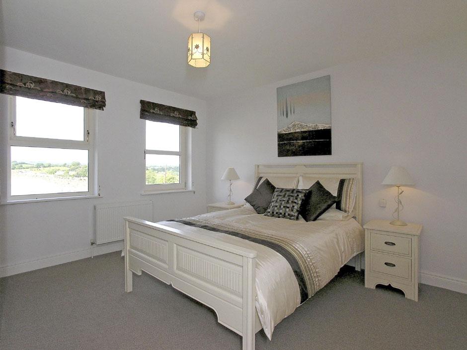 Cluain Dara bedroom