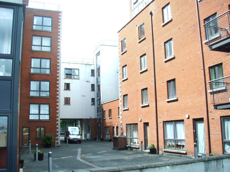 Steeven's Gate apartments